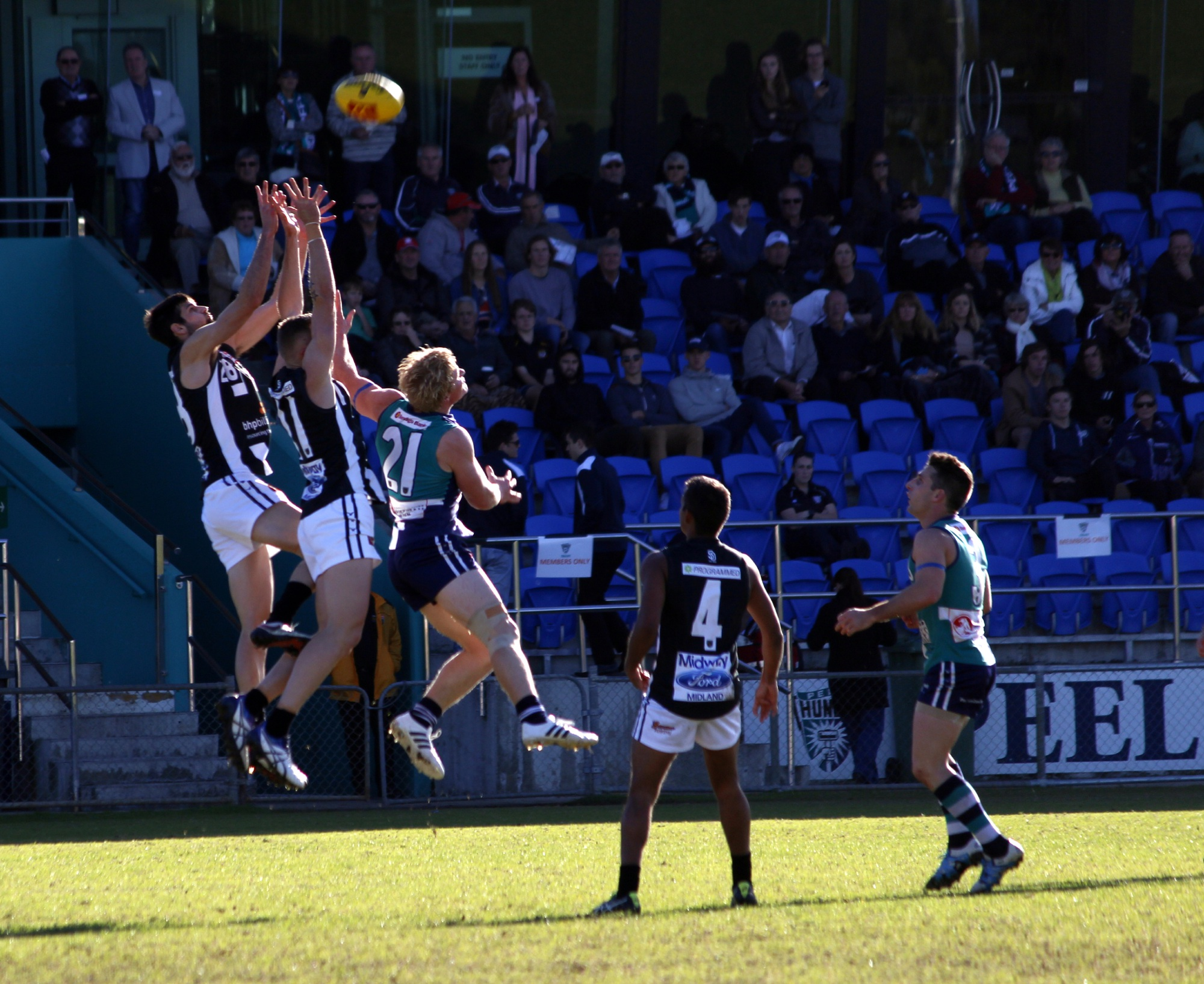 WAFL: Thunder suffers 39-point loss to bottom-placed Swan Districts