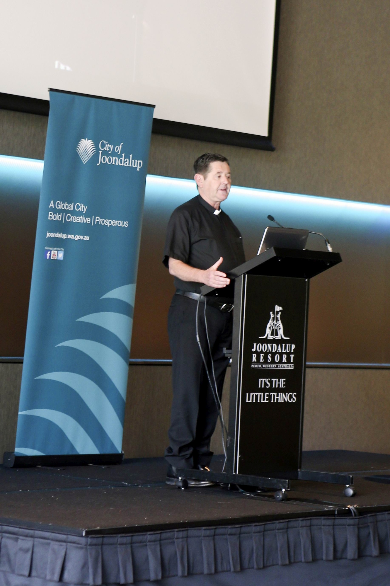 Father Chris Riley (CEO and founder of Youth off the Streets). Joondalup prayer breakfast d428471