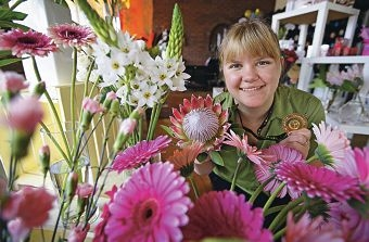 Erin Lamb was recently named the best junior florist in Australia.