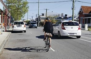 A growing acceptance of cyclists as legitimate road users is slowly being seen on Fremantle roads. www.communitypix.com.au d426965