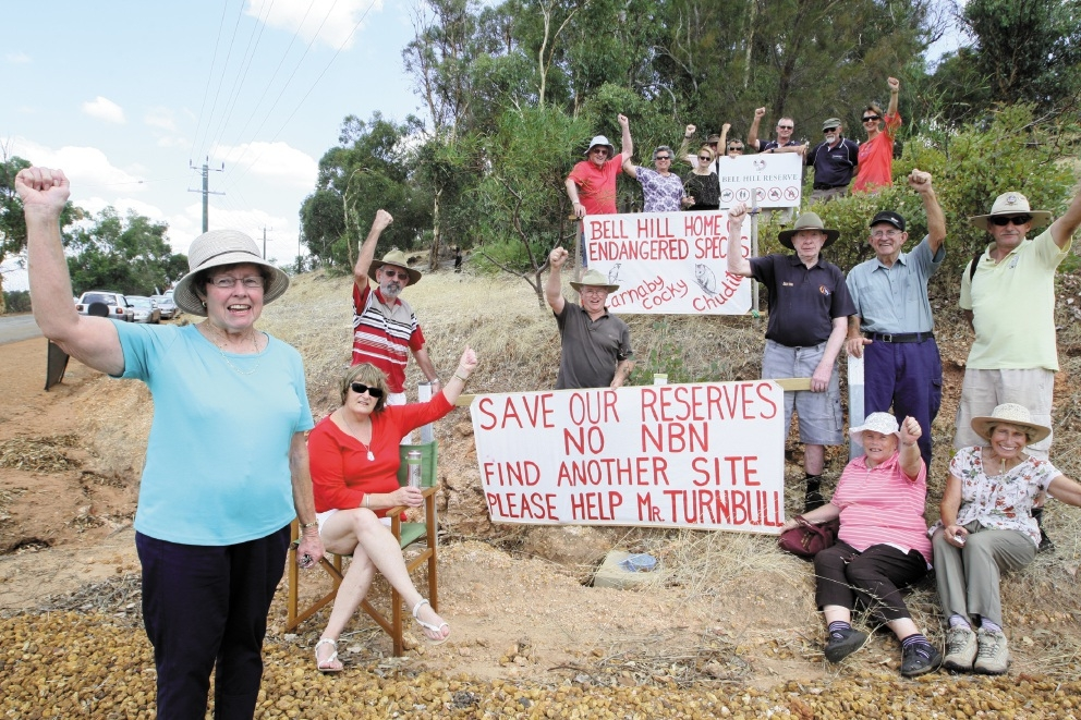 Friends of Bell Hill Reserve committee member Rhonda Walsh with fellow local residents.