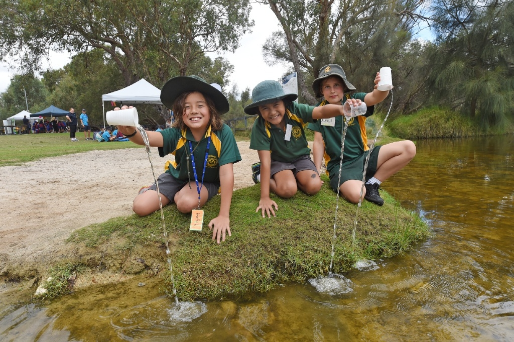 Rossmoyne Primary School Year 4 students Yiyang Henderson, Deun De La Fuente and Alexis Weary. Picture: Jon Hewson