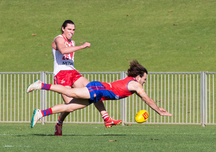 Aaron Black dives for a smother against South Fremantle. Picture: Dan White