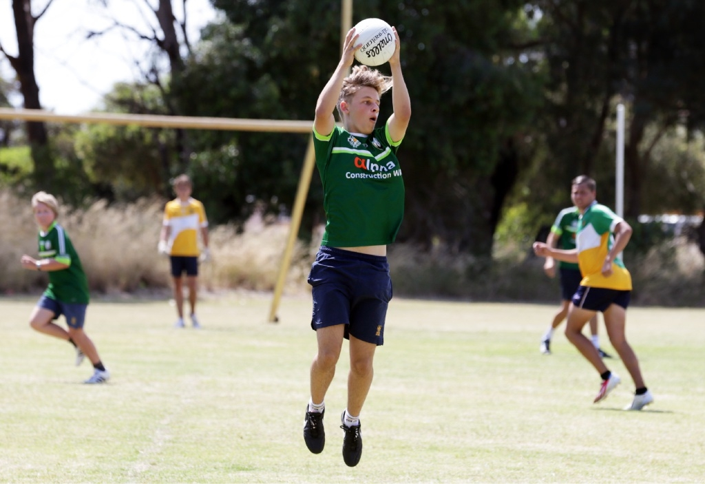 Well-matched gaelic football game ends in draw