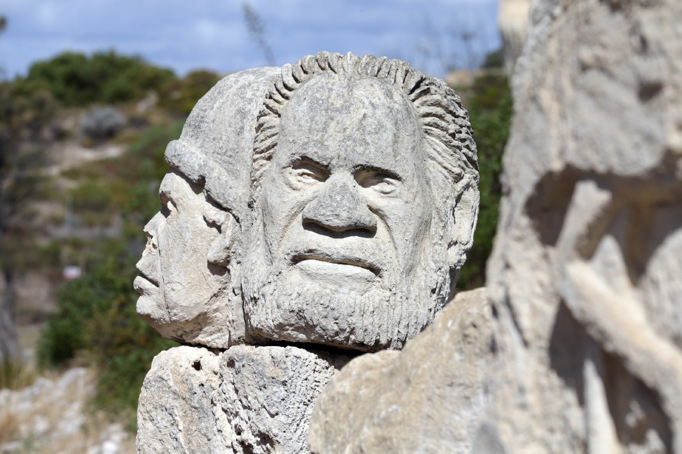There are plans to remove Waugal sculptures from the heritage list.