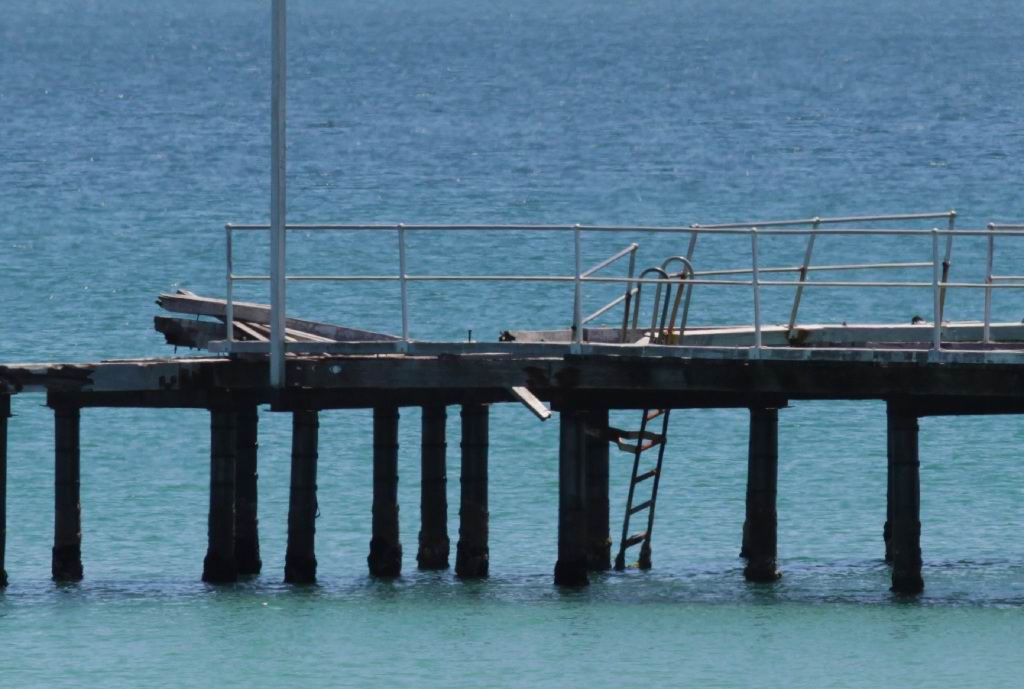 The remains of the Kwinana jetty will be removed at the end of this month.