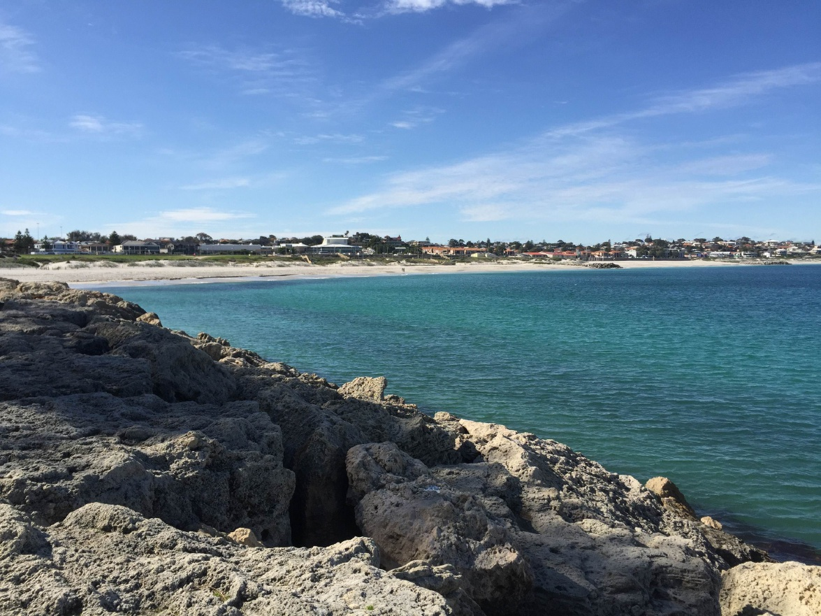 Location of proposed beach enclosure at Sorrento Beach (about 250m out from the first groyne and about 400m back to the Hillarys Boast Harbour wall).