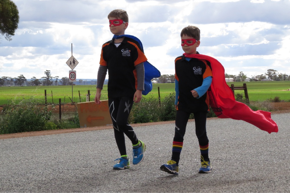 Alkimos brothers in brave walk for Telethon