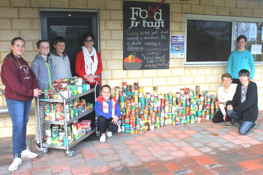 The college held a food drive to help the needy.