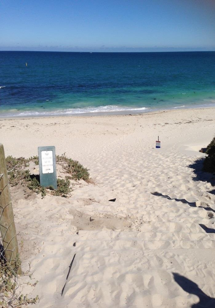 Quinns Rock: displaced sand at access to dog beach causing issues