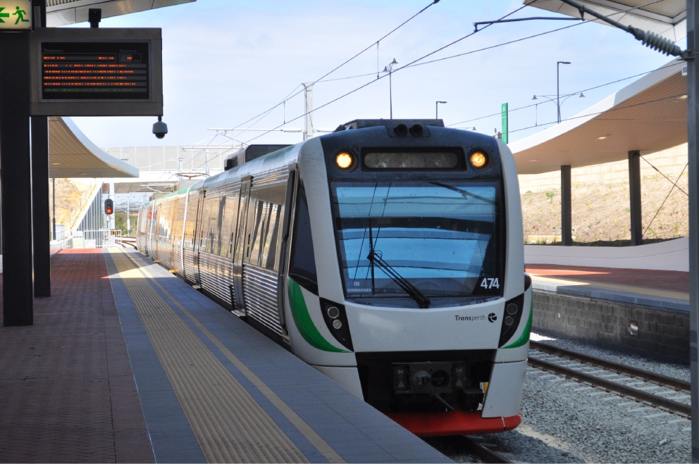 Northern suburbs trains stop for Mitchell Freeway extension works
