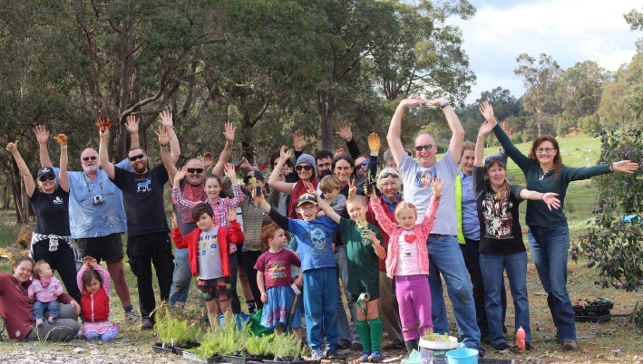 Volunteers at last year's tree planting day