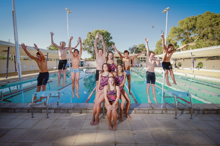 11 of the 12 swimmers from Barracudas Swimming Club taking part in the English Channel Swim. From left, Cyrus Milne, Jack Beattie, Nathan Bartlett, Flynn Mason, Alex Chen, Eoin Broome and Ben Waterman. The girls, clockwise from the top: Ella Thetford, Holly O'Brien, Bella Bryant and Rebecca Deck. Missing is Akira Hoshi-Egglestone. Picture: Andrew Ritchie d450426