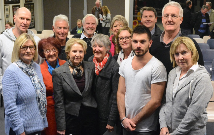 Paul Ruthven, Nicolas Gurr, Colin Latchem, Elisabeth Megroz, Andrew Luobikis, Geoff Pearson with (front) Claudia Green, Cecilia Brooke, Helen McLeod, Yvonne Hart , Leisha Jack, Peter Melrosa and Beth Kennedy.