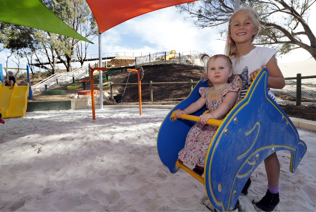 Indianna (1) and Lily (7) Emery, from Yanchep at the Campground Adventure Park. Picture: Martin Kennealey          www.communitypix.com.au   d447453