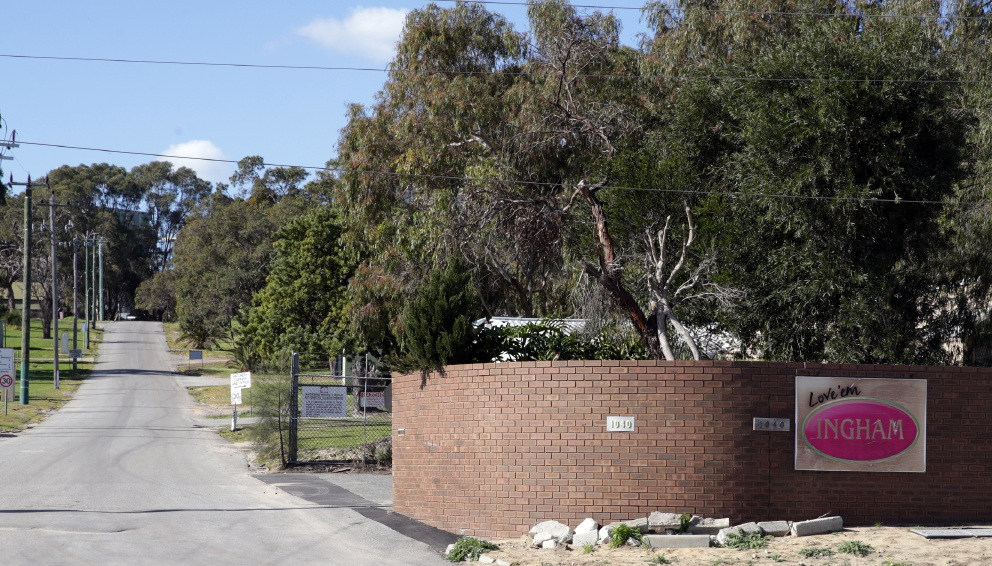 Inghams has applied for a renewal of the licence for its feedmill in Sinagra.        www.communitypix.com.au   d457301