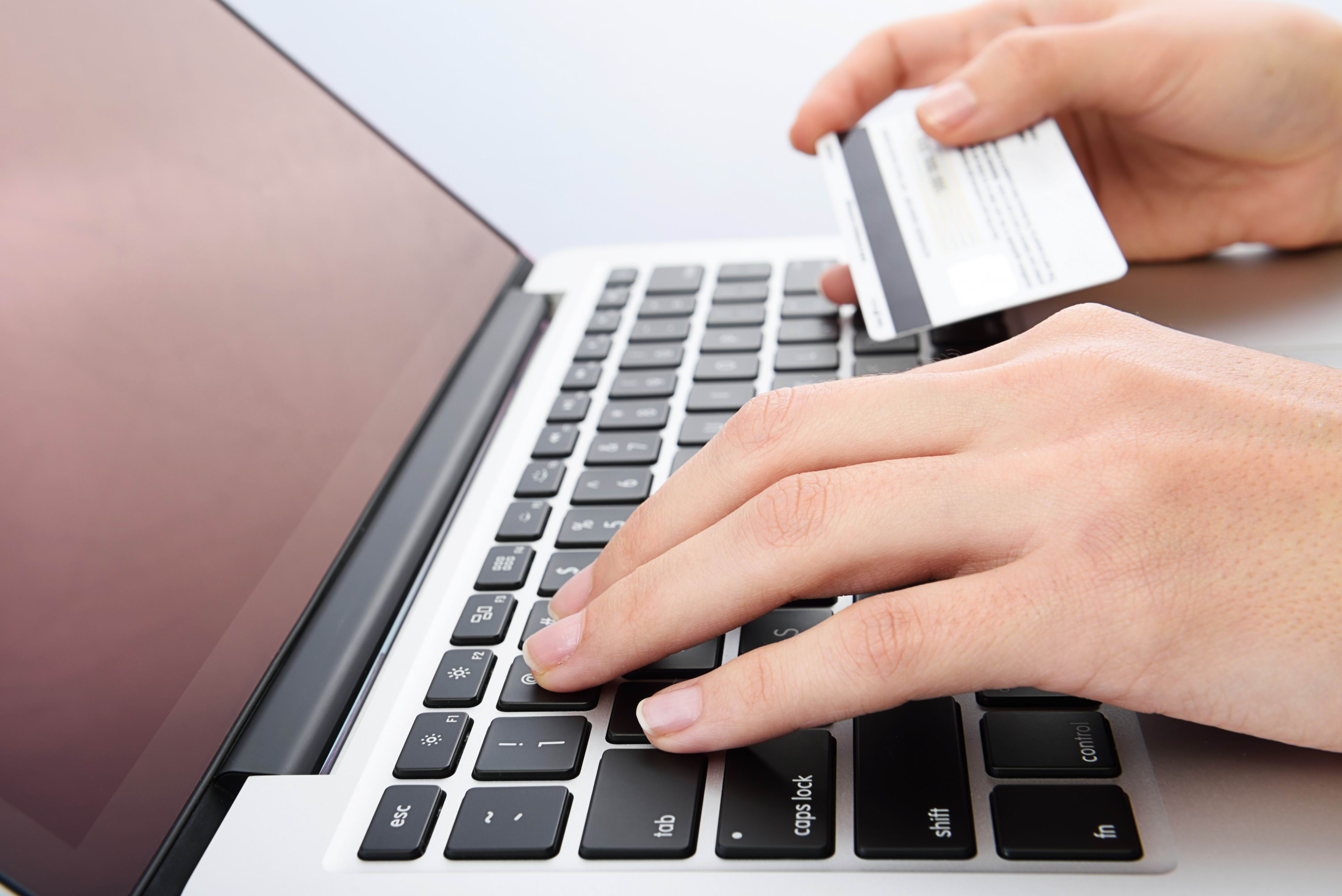 Australia Post releases results of new online shopping study.