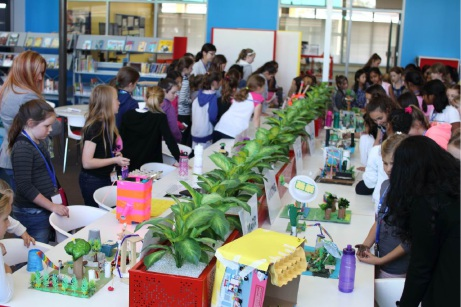 Ashdale Secondary hosts primary school girls on the STEM case
