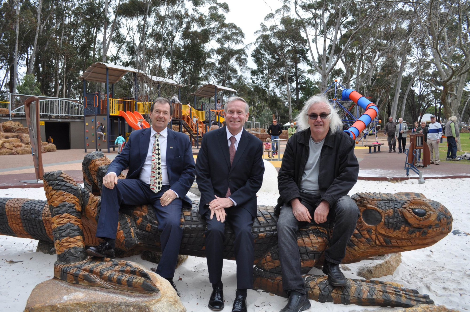 Premier on hand to open upgraded Mundaring Community Sculpture Park