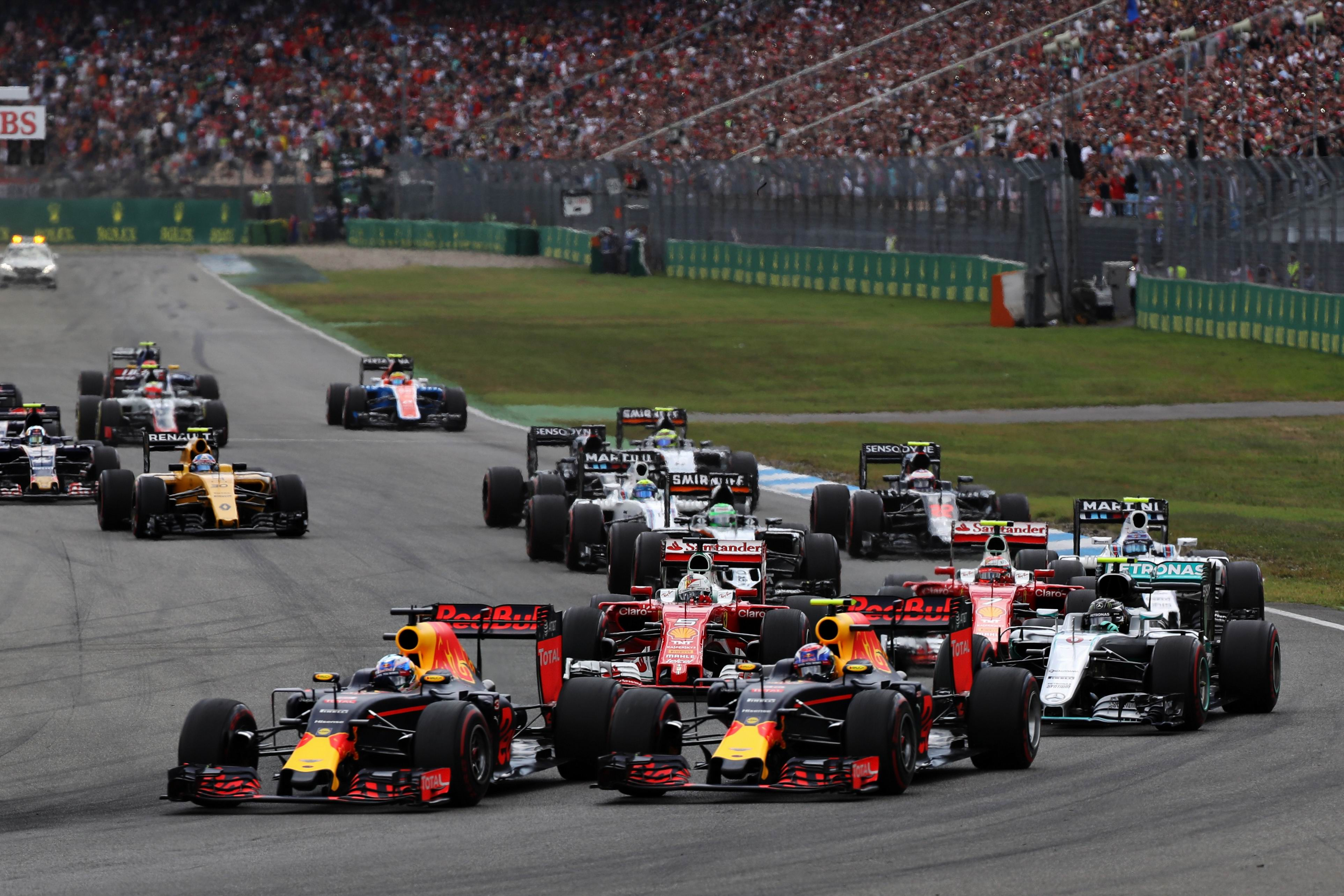 German F1 GP: Ricciardo finishes impressive second as Hamilton streaks to win