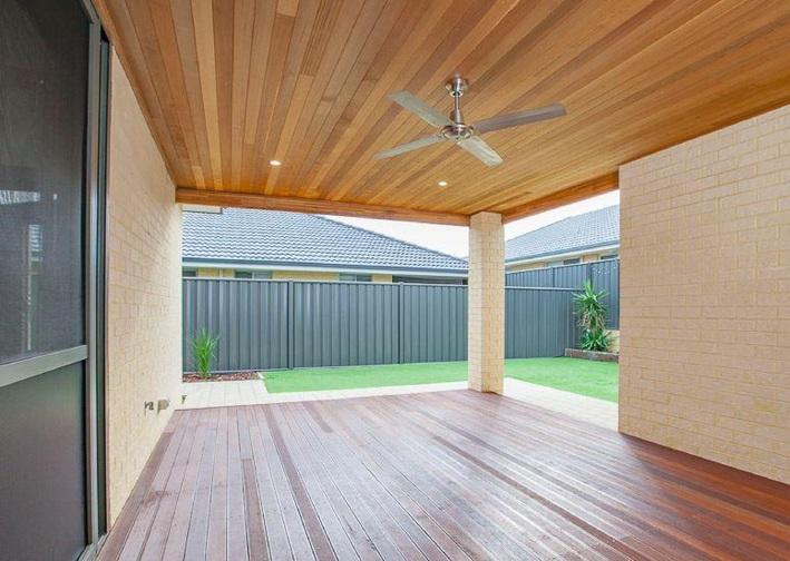 Banksia Grove, 43 Pollen Turn – $449,000-$489,000