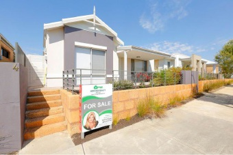 Champion Lakes, 4 Strathclyde Circuit – $485,000