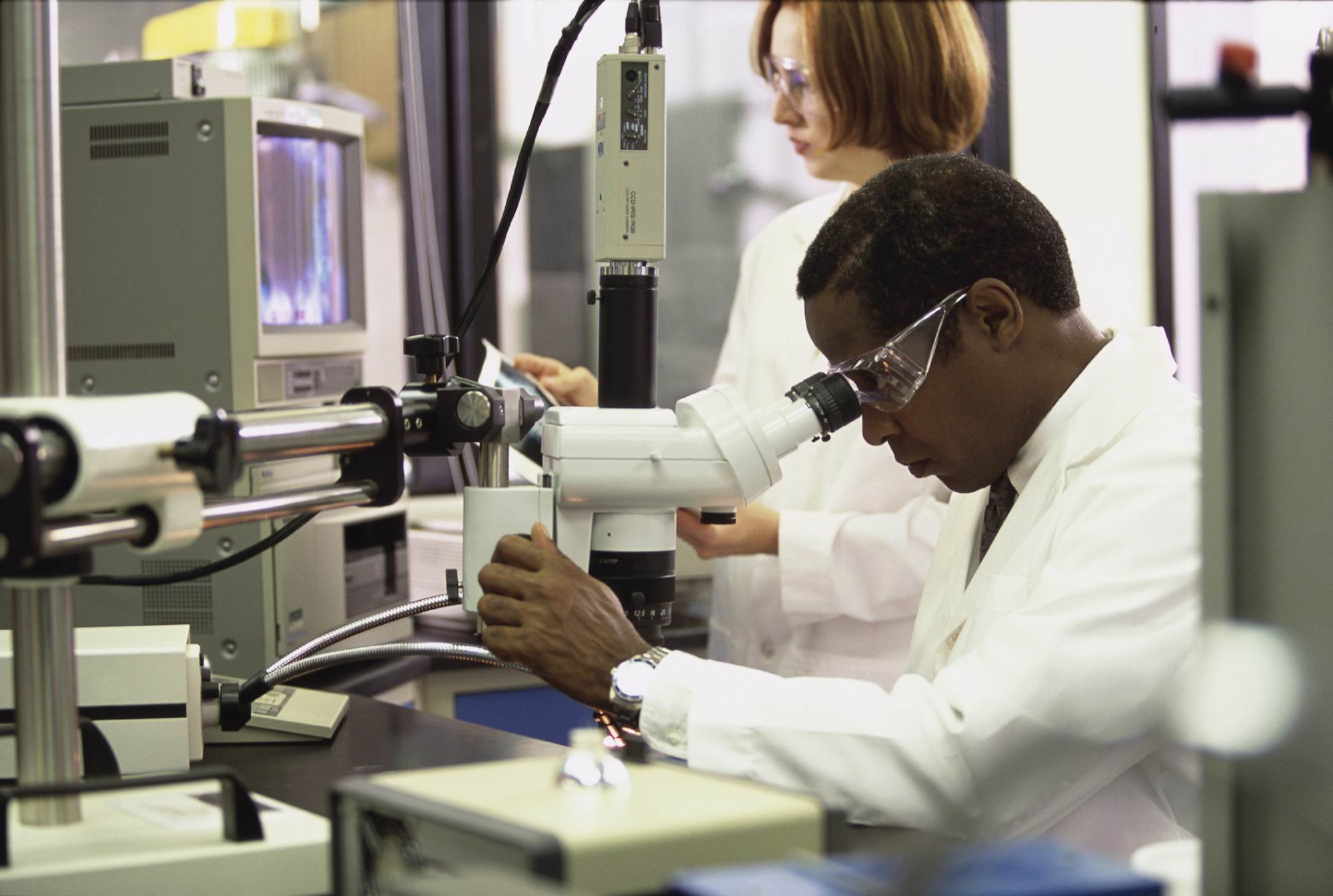 Premier's Science Awards: Colin Barnett announces finalists