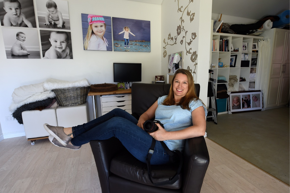 Melville mum Lisa Ivandich has been named AIPP Professional Family Photographer of the Year for three years in a row.