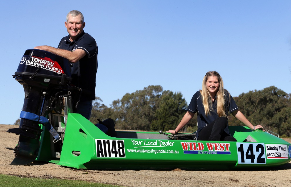 Steve Brown and daughter Alannah (17). Picture: Martin Kennealey www.communitypix.com.au   d457629