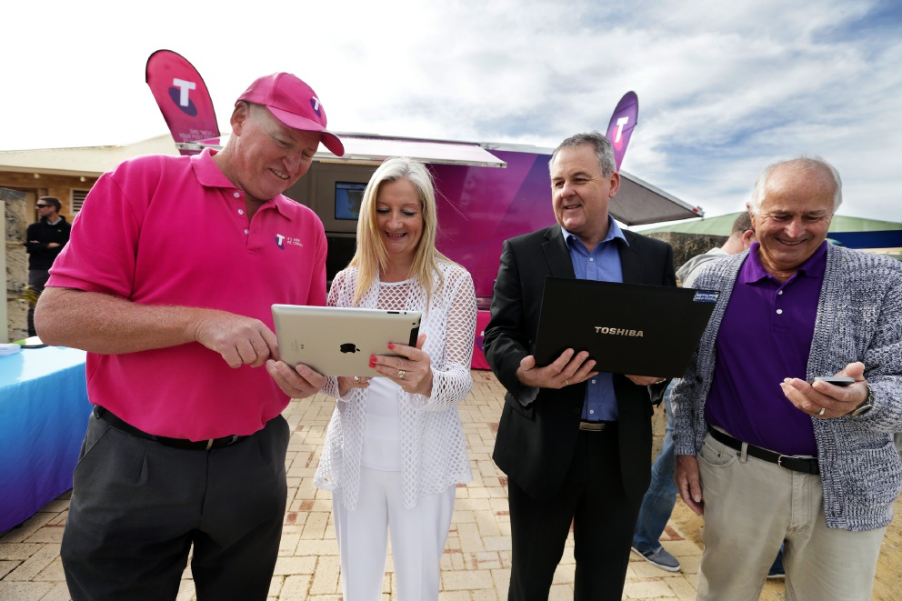 Excitement as NBN gets rolled out in Quinns Rocks and Tamala Park