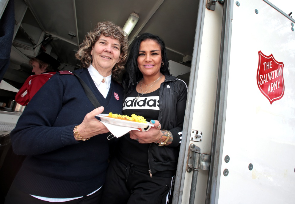 Carol O'Leary from the Salvation Army Swan View and Cassie Martin from Karnany helped many at Homelessness Week in Midland. Picture: David Baylis        www.communitypix.com.au   d457220