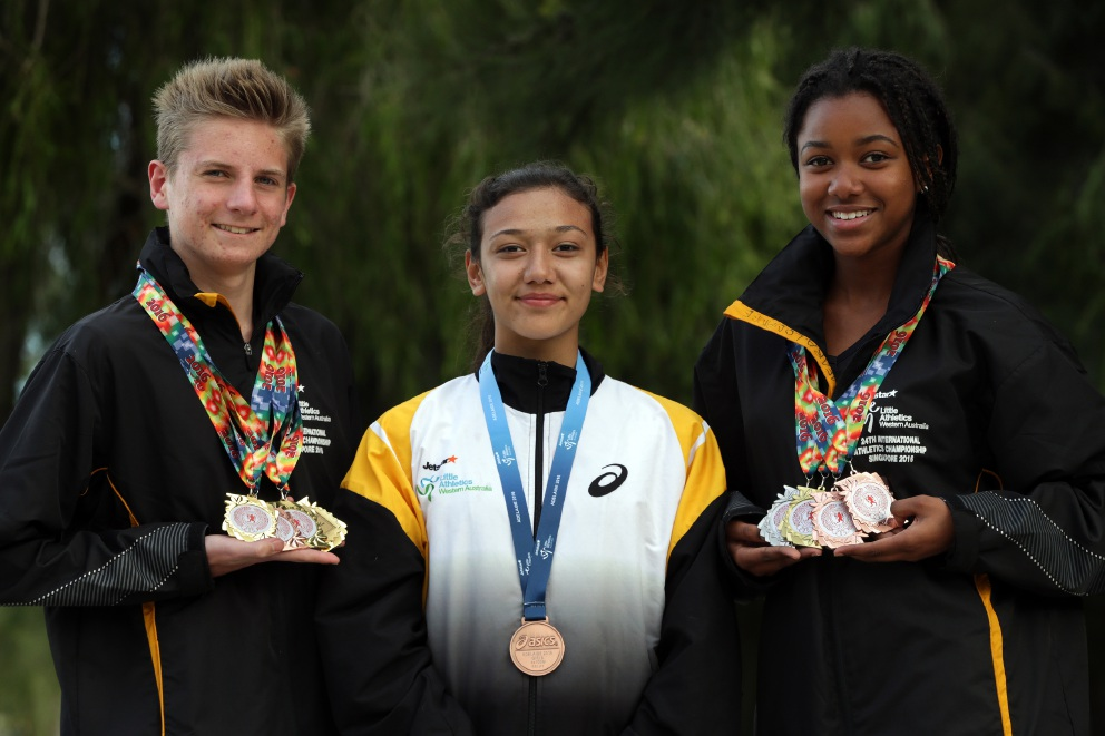 Dylan James, Madison Kingston and Omeara Louange. Picture: Martin Kennealey        www.communitypix.com.au   d457960