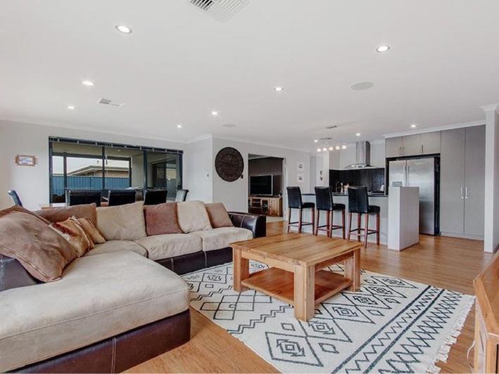 Baldivis, 12 Austral Vista – From $510,000
