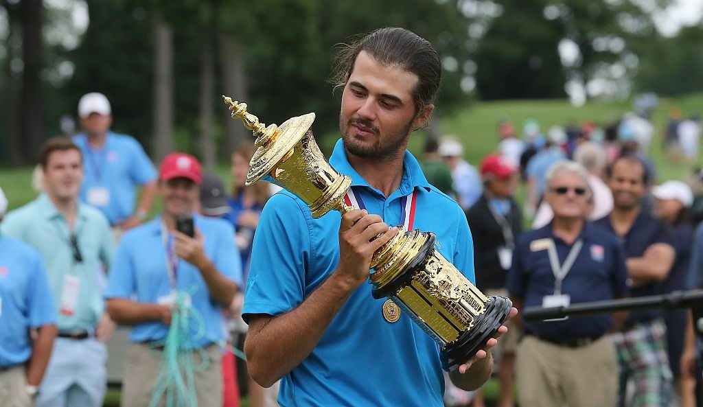 Curtis Luck with his trophy. Photo: Getty