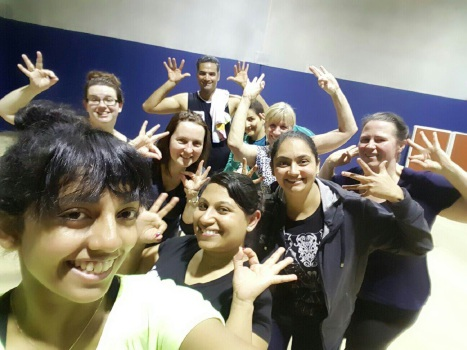 Bolly Active master trainer Ro Vithange with her class at the new Wangara location.