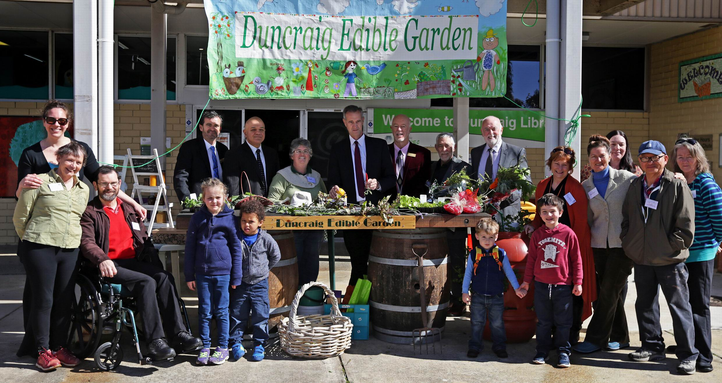 Community Services Minister Tony Simpson (centre) with Duncraig Edible Garden participants and supporters. Photo: Martin Kennealey