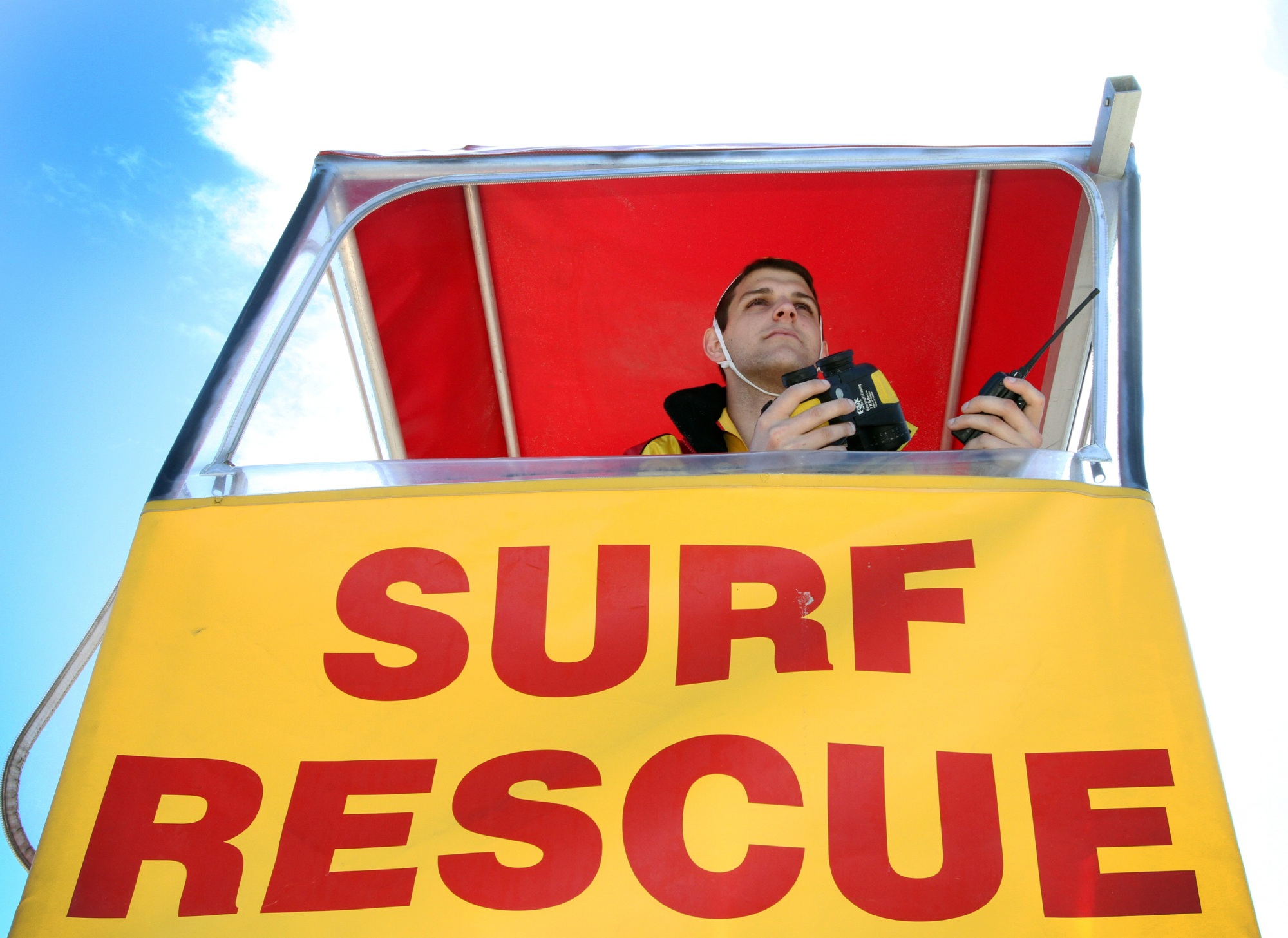 Surf Life Saving WA will provide beach safety services in the City of Wanneroo for another three years.