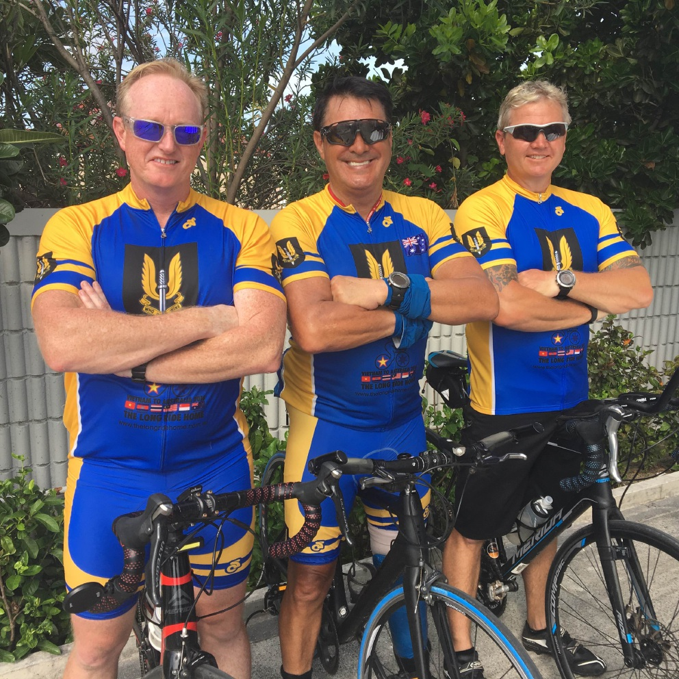 Long ride... Giles Beresford-Peirse, Laurie 'Truck' Sams and Troy Lockyer.