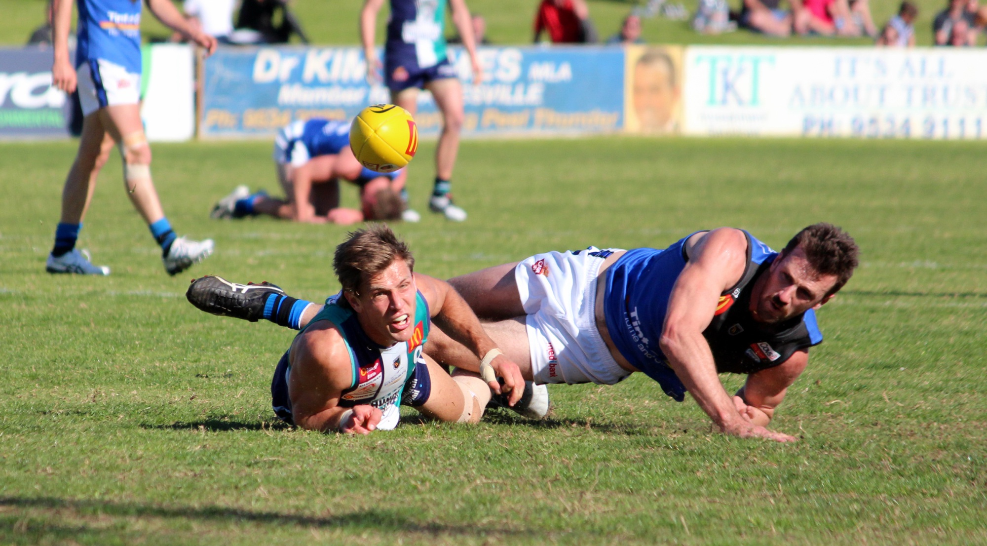 Shane Yarran goes for goal in the first term. Pictures: Declan Byrne