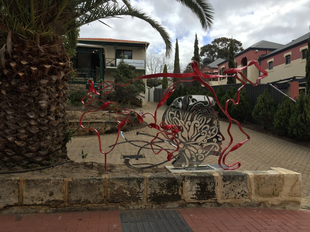 Nedlands sculpture highlights WA's French connection