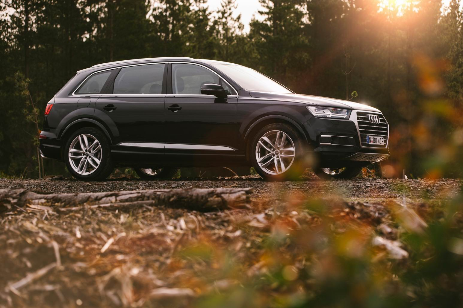 Join the queue for the Audi Q7
