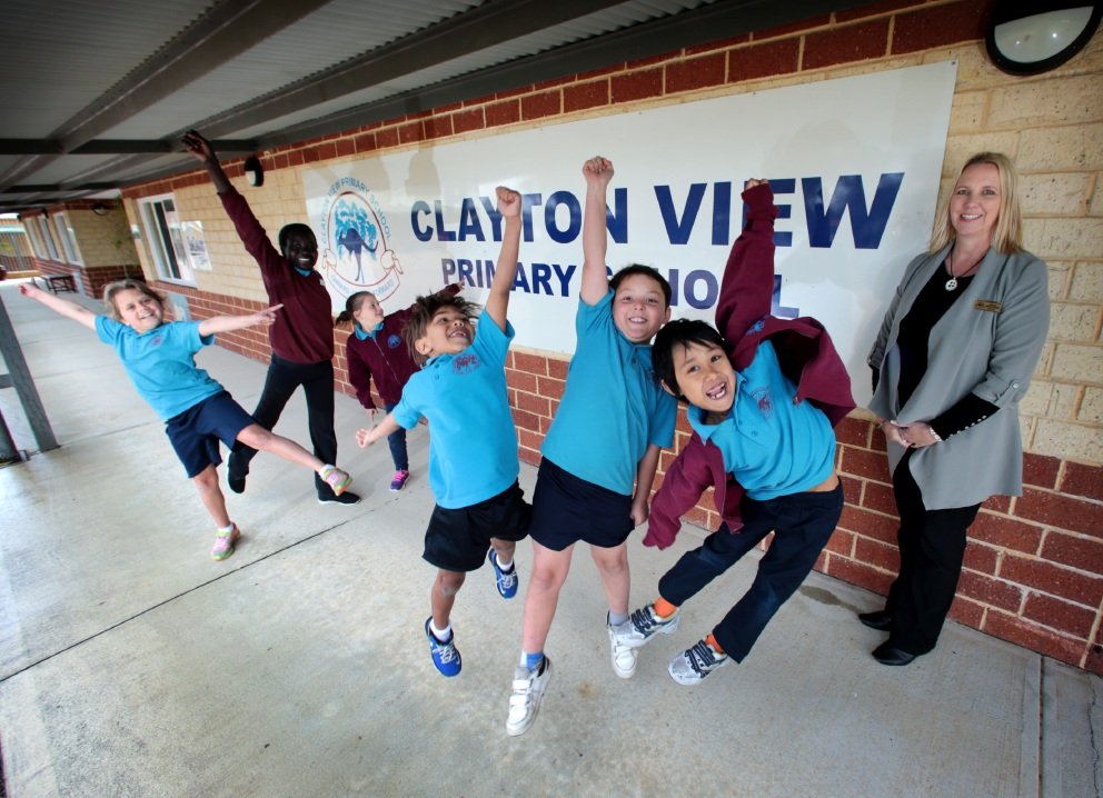 Clayton View PS acting principal Sharon Marchenko with students Tina Narrier, Christina Soloman-Marsuk, Lexi McPherson, Aiden Bin Omar, Callan Kinder and Muset Win.  Picture: David Baylis www.communitypix.com.au d459152