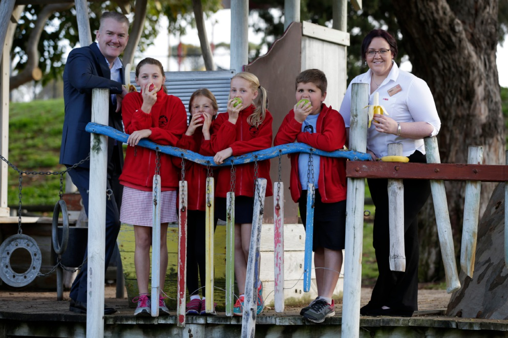 Students Ruby Alpers, Meg Lamond, Emma Lamond and Ady Pickett with Coles state manager Mark O'Connor and Mosman Park Coles store manager Nicola Fox.  Picture: Andrew Ritchie          d457757