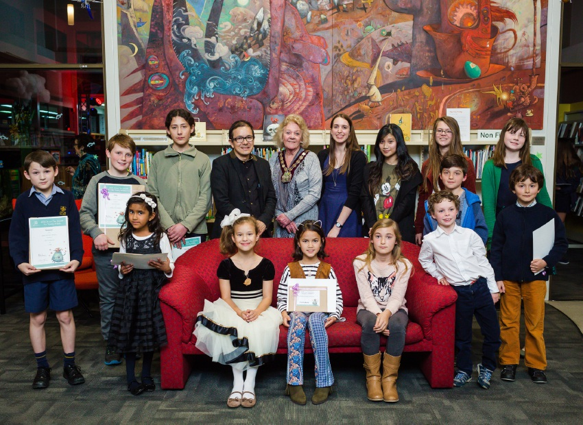 The finalists from the 2016 Shaun Tan Award for Young Artists celebrate their win with Perth-born artist and award patron, Shaun Tan and Subiaco Mayor Heather Henderson.