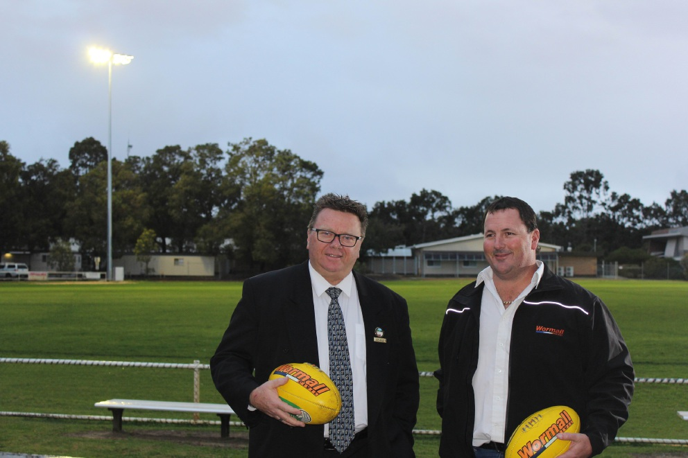 Serpentine Jarrahdale shire president John Erren and Wormall Civil's Craig Wormall. Photo credit: Narelle Thompson