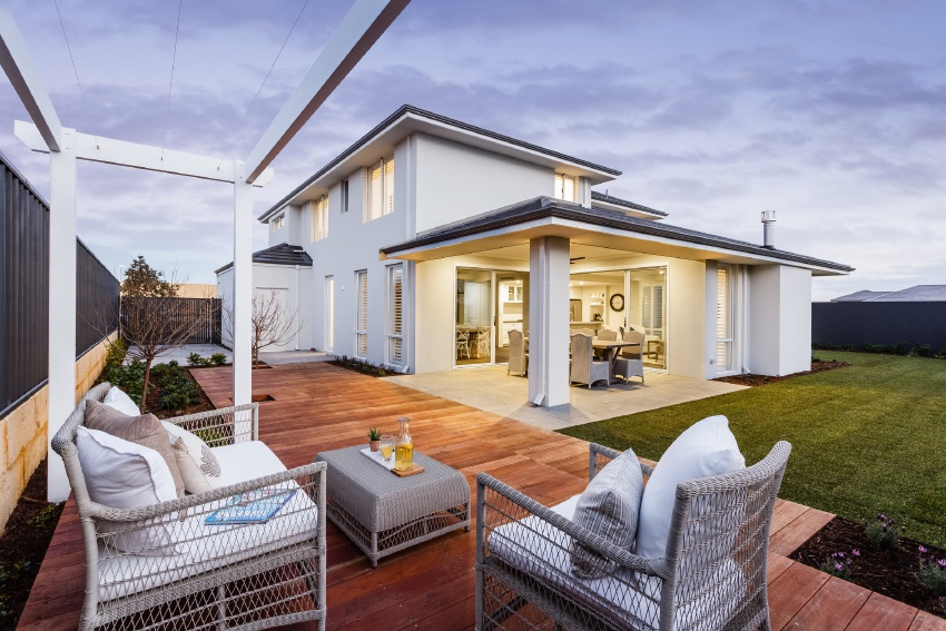 Coast Homes brings Hamptons to Iluka