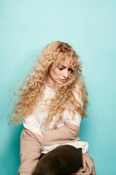 Former Rockingham singer Emmi has a burgeoning music career in the UK.