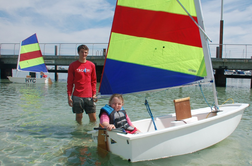 More than 200 kids turn out for free sailing tutorial at Hillarys