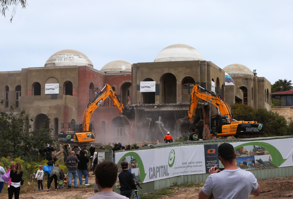 Demolition work on the Oswal's Taj on Swan yesterday. Picture: Matt Jelonek
