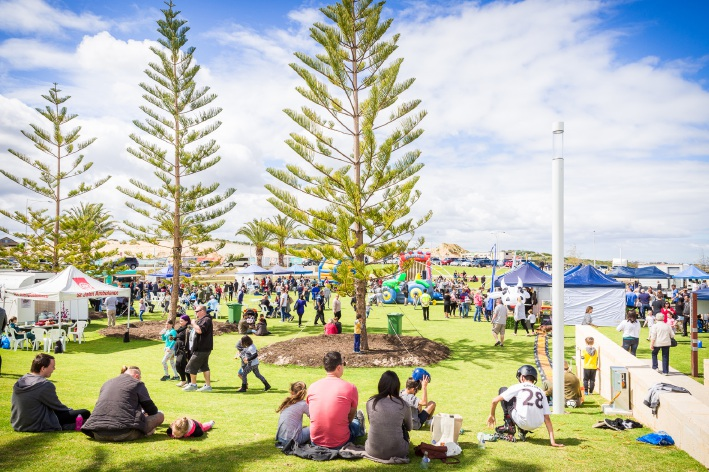 Jindalee foreshore park unveiling a popular event